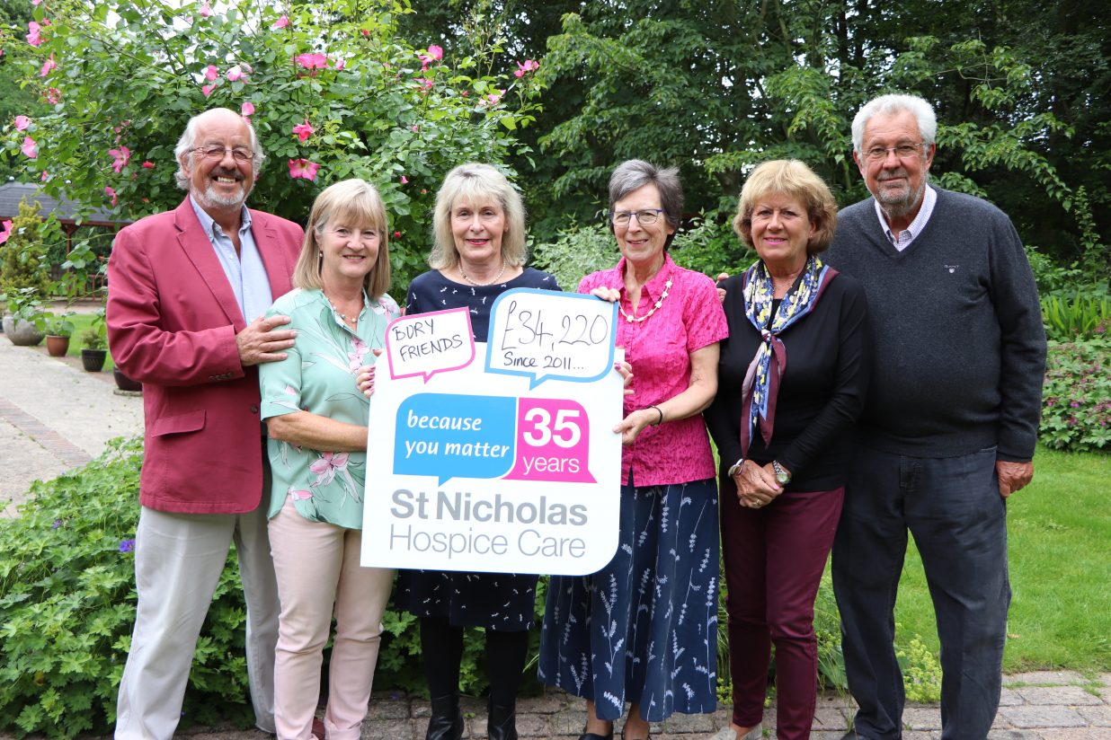 Friends deal all the right moves to raise funds for local hospice